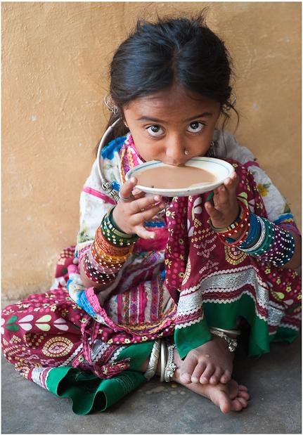 Tea, the Gujarat way. Photo by Patrick Huber, source: www.trekearth.com